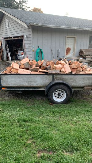 Green split fire wood for Sale in Puyallup, WA
