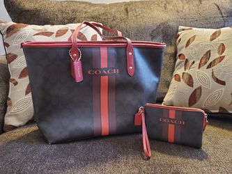 Coach Purse, Accessory and Dust Bag for Sale in Pittsburgh,  PA