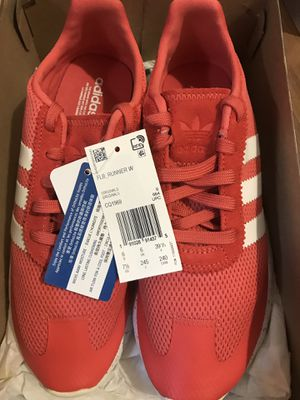 Pink and white adidas women's running shoes for Sale in Philadelphia, PA