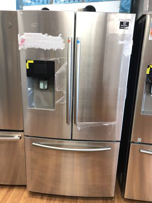 New stainless steel refrigerator for Sale in Cypress, TX