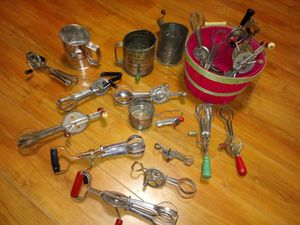 Antique handmixer collection for Sale in Lubbock, TX