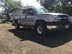 2004 Chevy Silverado HD2500 2wd for Sale in Waianae, HI