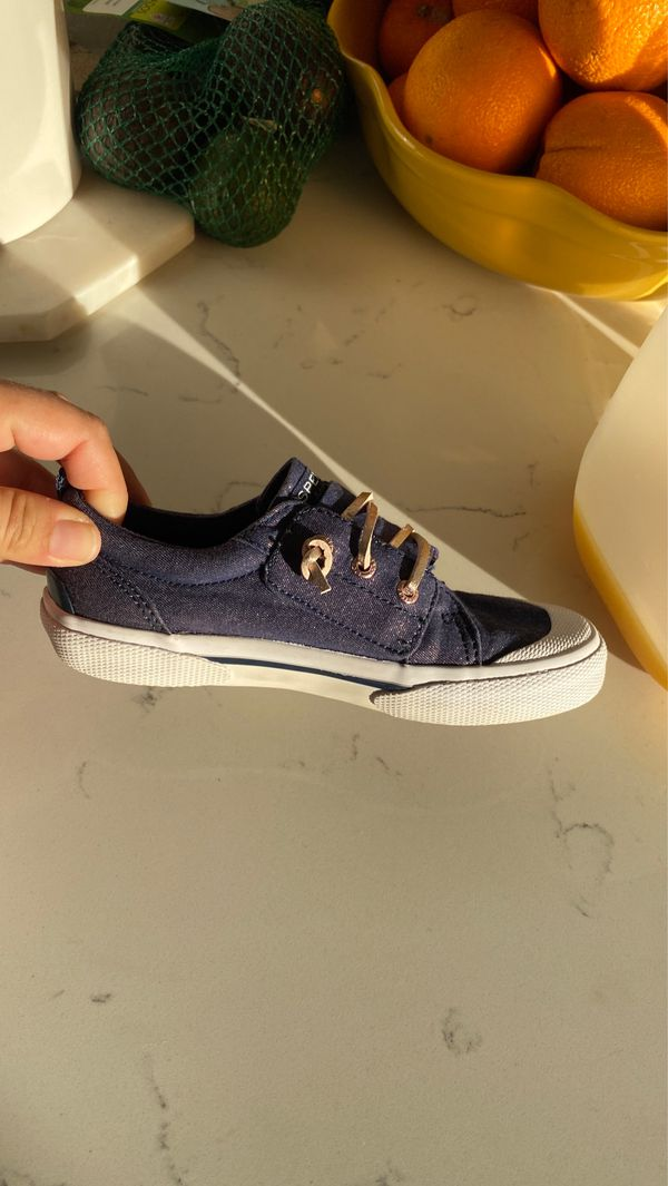 Free sperry girl size 11