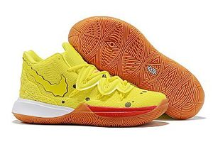 Kyrie Irving size 10 for Sale in Kissimmee, FL