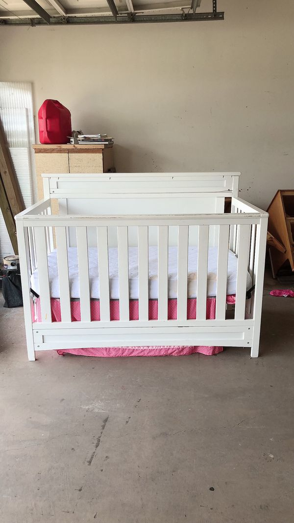 White Baby Crib. Beautiful