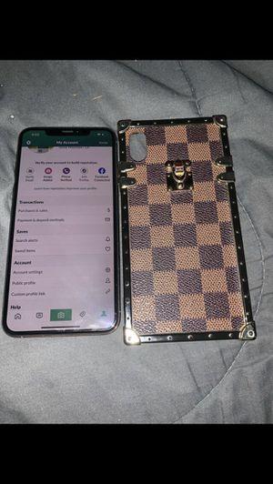 iPhone X max 64gb for Sale in Marietta, GA