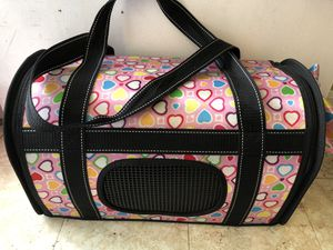 Pet carrier like new for Sale in Annandale, VA