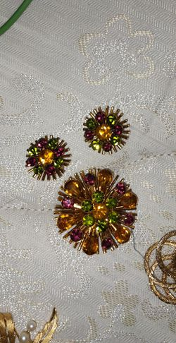 Antique Jewelry for Sale in Denver,  CO