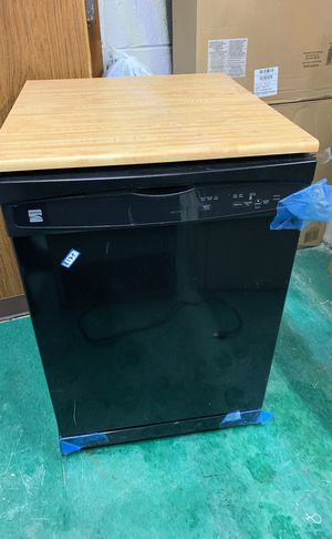 Kenmore dishwasher plus countertop for Sale in Dearborn, MI