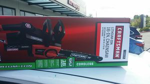 Craftsman 16 inch cordless lithium ion chainsaw for Sale in Silverdale, WA