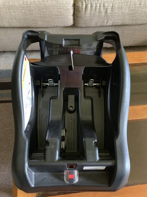 Infant car seat - like new for Sale in Lansing, MI