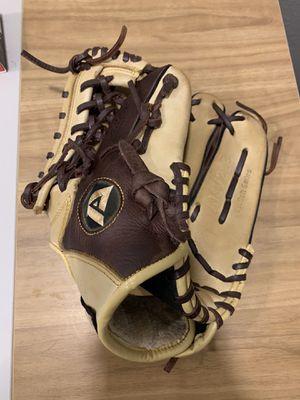 Akadema Pro Soft Steerhide Infield Glove 11.5 for Sale in Denver, CO