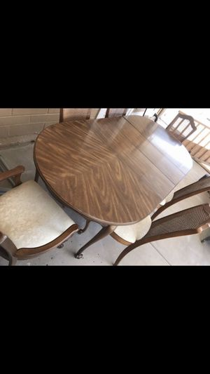 Table with chairs for Sale in Laveen Village, AZ