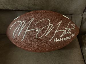 Mariota autographed Heisman football for Sale in Keizer, OR