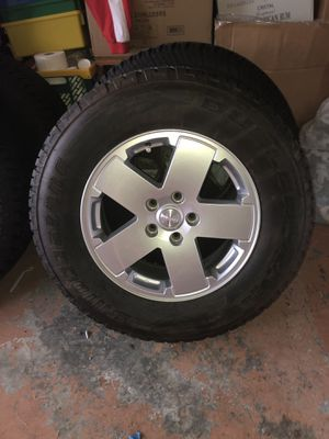 Jeep wheels and tires for Sale in Zephyrhills, FL