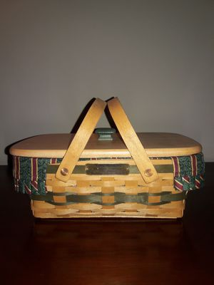Longaberger Basket with plastic insert for Sale in Social Circle, GA