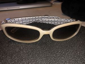 Vintage Coach Lindsay s429 Ivory Sunglasses for Sale in Littleton, CO