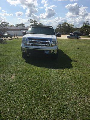 For f150 año 2013 en buenas condiciones cámara de reversa alojenas for Sale in Lakeland, FL
