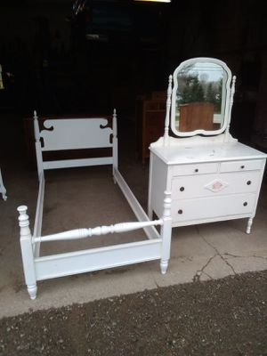 Bed Only. Dresser has Sold. for Sale in Edinboro, PA