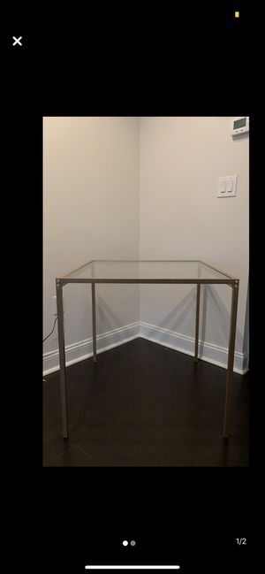 Dinning Table for Sale in DC, US
