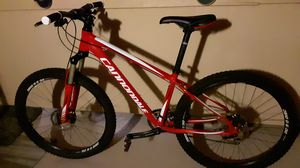 Womens Cannondale bike for Sale in Mission Viejo, CA