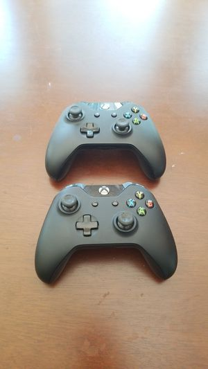 Xbox One controllers (2) for Sale in Mechanicsville, VA