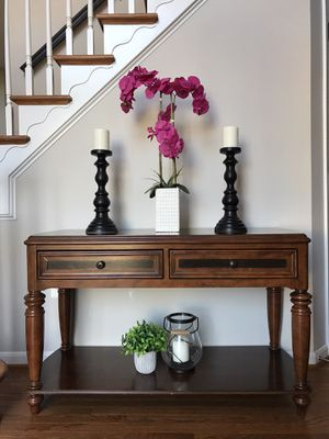 Gorgeous Console Table / Sofa Table for Sale in Manassas, VA