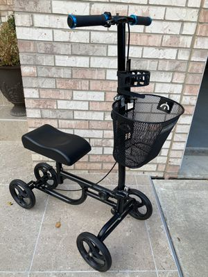 Knee scooter with cup rest(retails $140) for Sale in Darien, IL