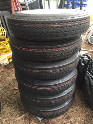 Trailer tire 4 lugs 12 each $40 for Sale in Lake Worth, FL