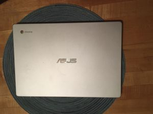 ASUS Chrome Laptop for Sale in Bluffton, IN