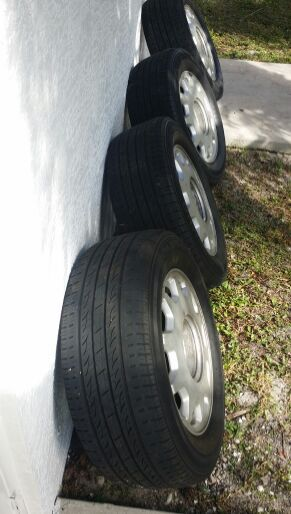Tires and rims for Sale in West Palm Beach, FL