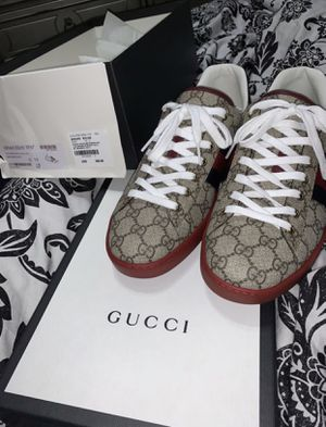 Mens Gucci Sneaker for Sale in Silver Spring, MD