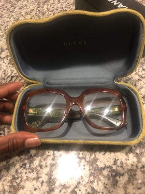 Authentic Gucci Sun Glasses for Sale in Midlothian, VA