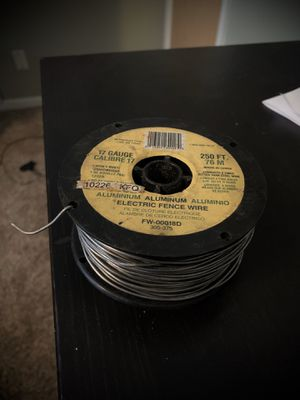 250ft 17 gauge fence wire for Sale in Hurst, TX