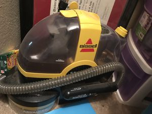 Bissell spot carpet cleaner for Sale in San Antonio, TX