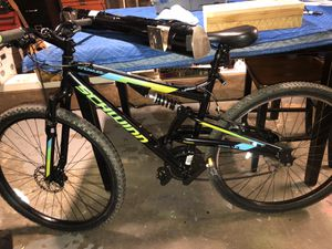 Schwinn Mountain Bike for Sale in March Air Reserve Base, CA