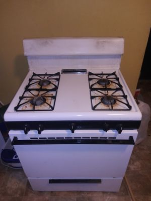 Stove works great for Sale in Williamsville, NY
