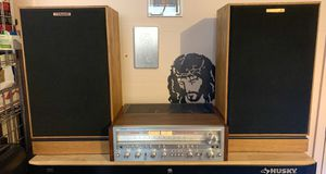 Pioneer SX-1050 and Klipsch Kg4 speakers all in excellent condition Look and sound amazing 10/10 for Sale in Turlock, CA