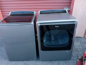 Whirlpool washer & electric dryer for Sale in San Leandro, CA