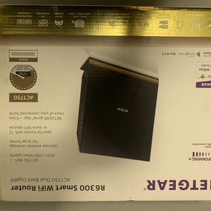 Wifi Router R6 300 for Sale in Union City, CA