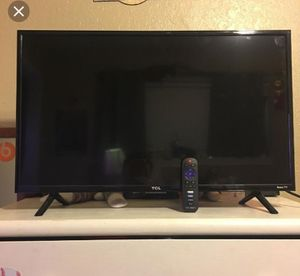 32 roku smart for Sale in Columbia, MO