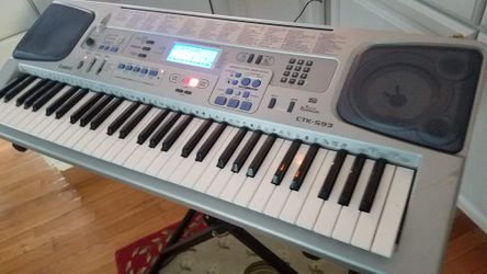 Casio CTK 593 61 Key Portable Electronic Keyboard With Stand for Sale in Columbus,  OH