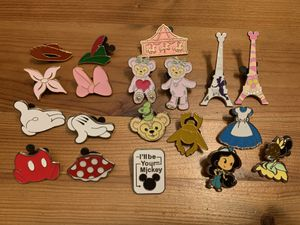 Disney Trading Pins - Lot #2 for Sale in Brea, CA