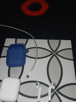 Apple Air Buds for Apple iPhones!! for Sale in Fairmont,  WV