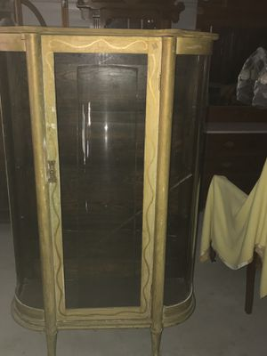 Antique Curio Cabinet for Sale in Sanger, CA