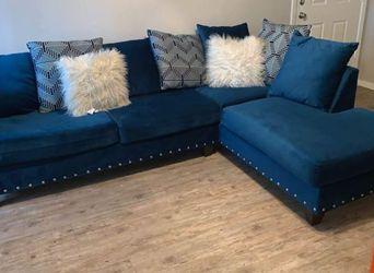 $799.00 (New In Boxes) Blue Velvet Sectional Sofa for Sale in Atlanta,  GA