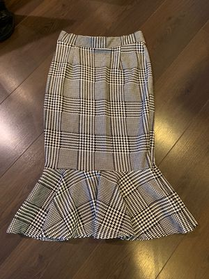 Fashion Nova Houndstooth pencil skirt for Sale in Alexandria, VA