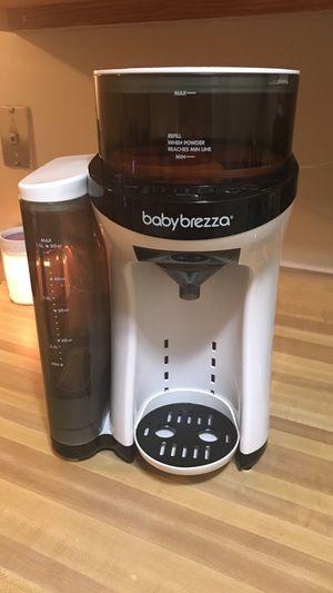 Baby Brezza formula dispenser for Sale in Rockville, MD