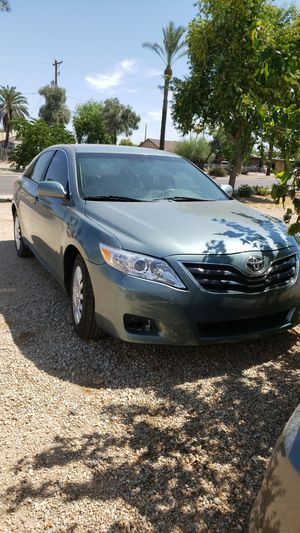 Toyota camry 2011 for Sale in Glendale, AZ
