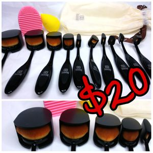 Makeup brush kit for Sale in Las Vegas, NV
